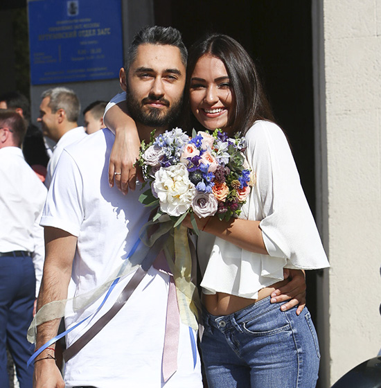 Мот женился! - PEOPLETALK джастин бибер и его жена