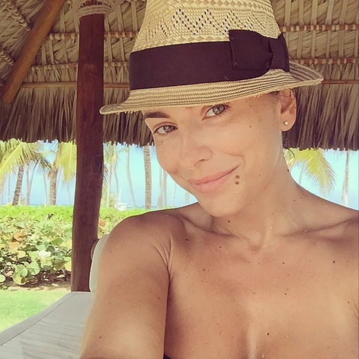 Певица Ани Лорак, 37