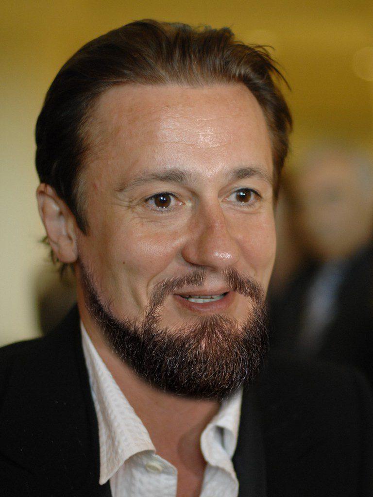 Олег Меньшиков (55)