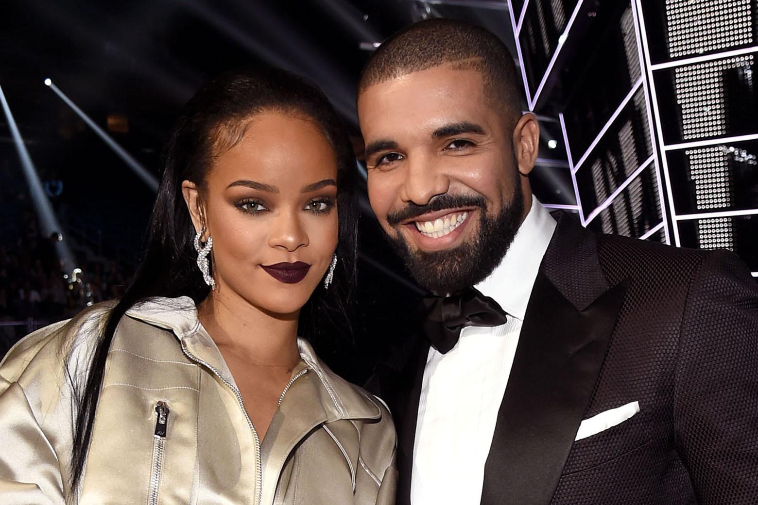 Rihanna секс скандал
