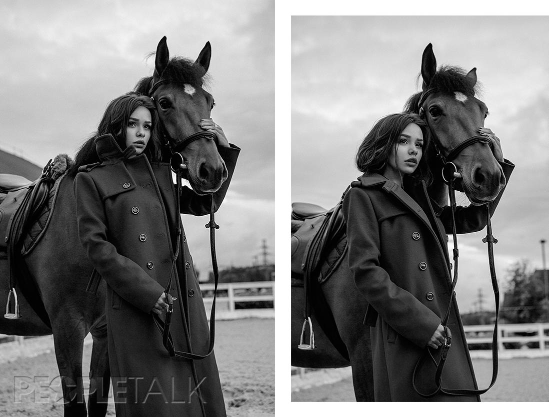 Платье, H&M; пальто, Marc Cain