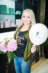 Айза, Алена Шишкова и Ольга Бузова на открытии салона красоты Bella Potemkina Beauty