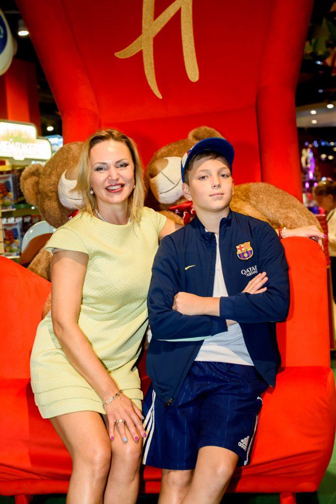 Алла Довлатова с сыном