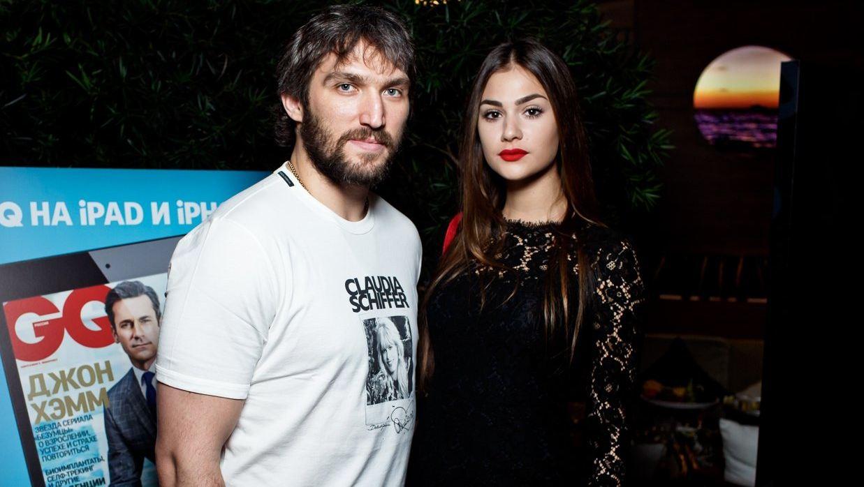 Жена Александра Овечкина ответила хейтерам, раскритиковавшим сборную по хоккею