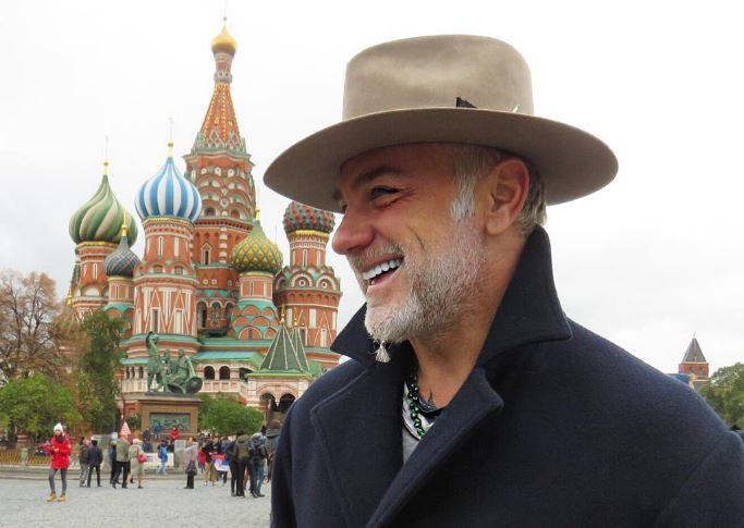 танцующий миллионер в москве