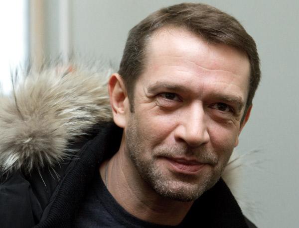 vladimir_mashkov_sobiraetsya_snova_zhenitsya_na_byvshey_zhene_s_kotoroy_razvelsya_v_2003_godu_thumb_fed_photo