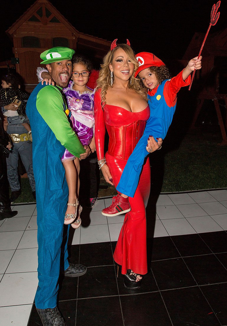 mariah-carey-celebrates-halloween-early-with-kids-nick-cannon-01