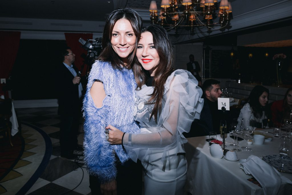 Карина Ошроева и Ирина Чайковская