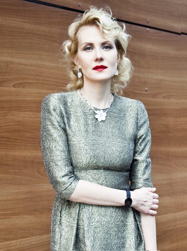 — Рената Литвинова (48)