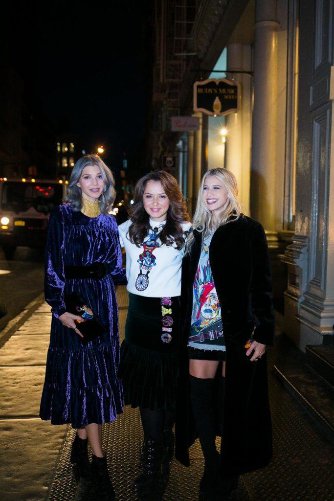 Саманта Анджело, Катя Добрякова и София Макс