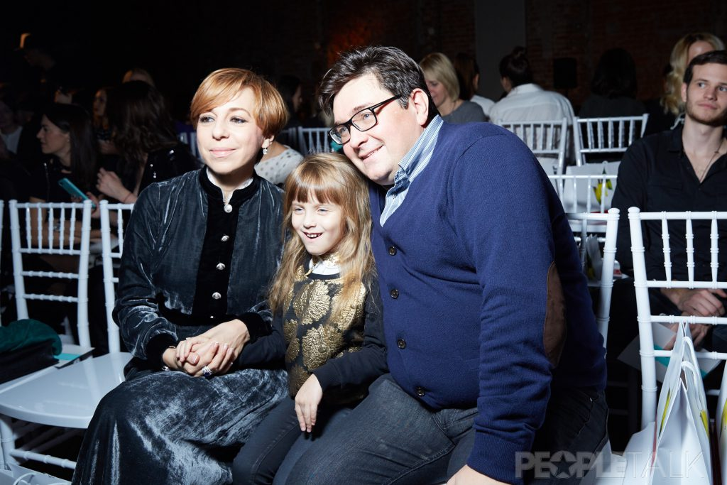 Марианна Максимовская и Василий Борисов с дочерью