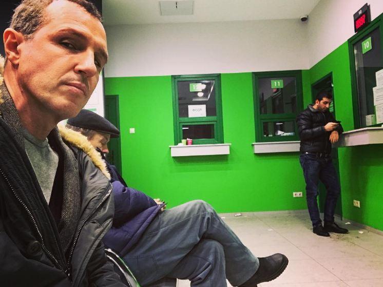 У Игоря Верника эвакуировали машину