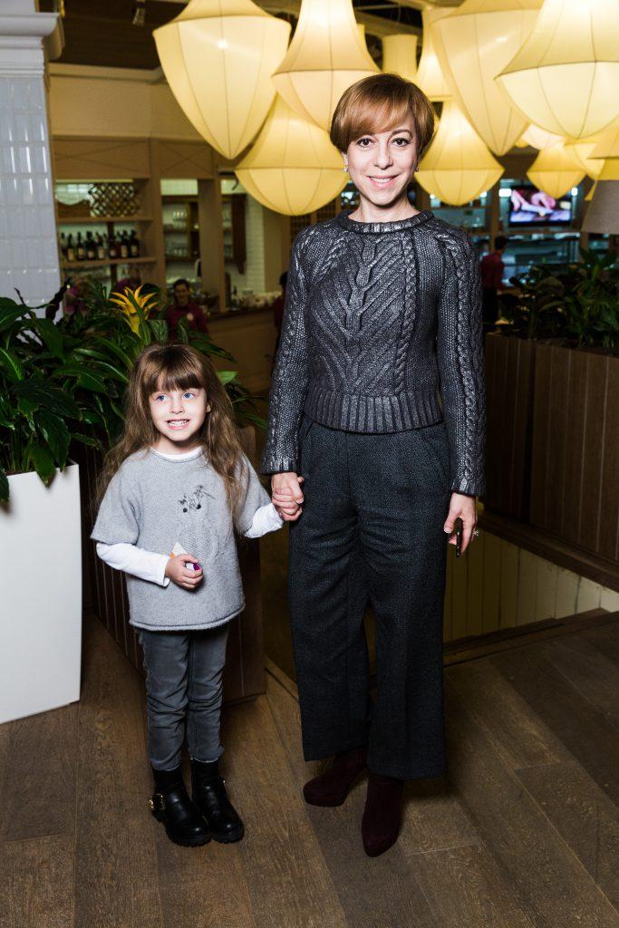 Марианна Максимовская с дочерью