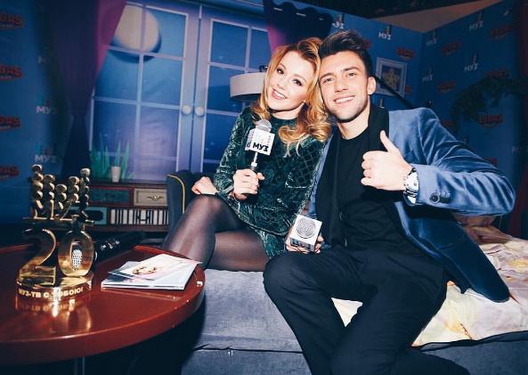 Юлианна Караулова заходила на Муз-ТВ