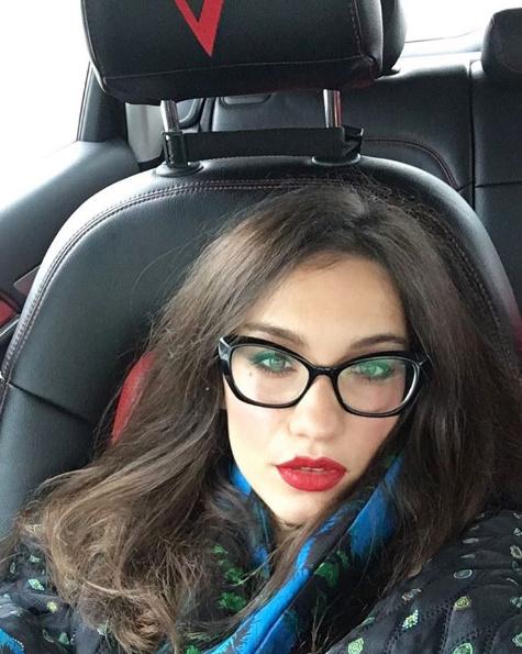 Виктория Дайнеко еле успевала ездить по мероприятиям и скучала по дочери