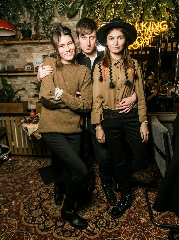 Дуся Яструбицкая, Алексей Калабин и Алена Чендлер