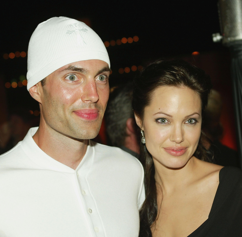 Джоли с братом