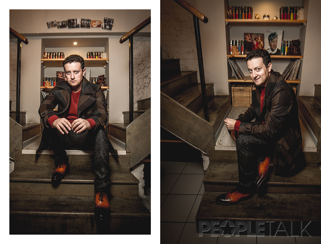 Пальто, Boss; свитер, Strellson; брюки, Trussardi; туфли, Santoni