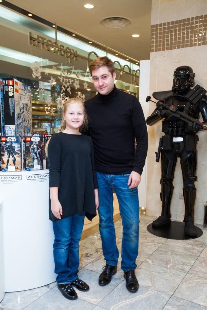 Максим Шарафутдинов с дочкой Агнией