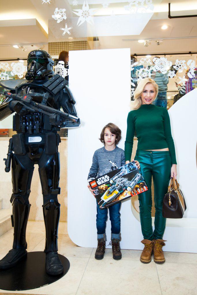 Анастасия Гребенкина с сыном Никитой