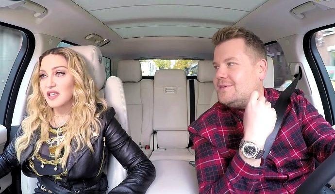 Мадонна и Джеймс Корден поют
