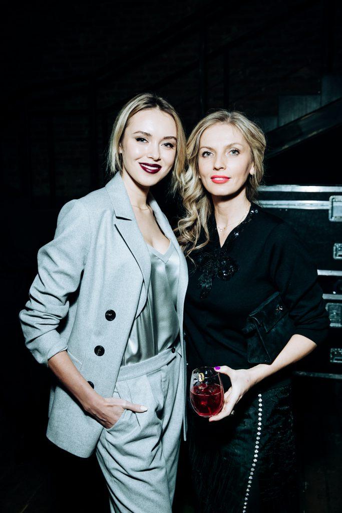 Ксения Сухинова и Анастасия Рагозина