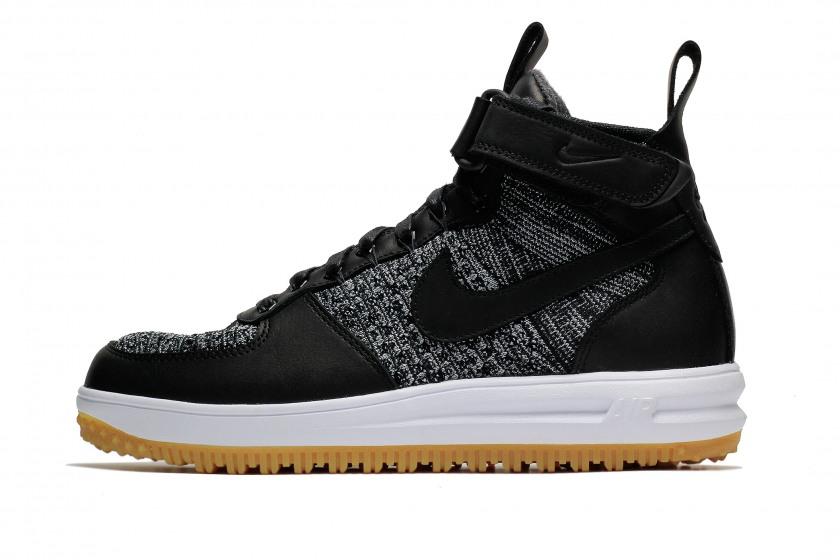 Nike, 12 000 р.