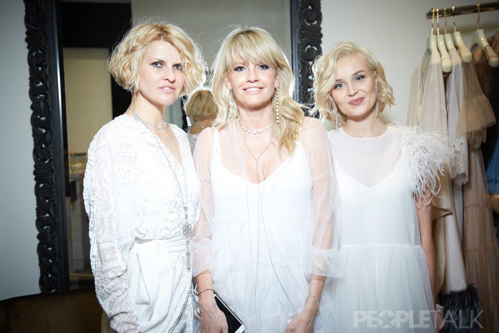 Полина Киценко, Яна Расковалова и Полина Гагарина