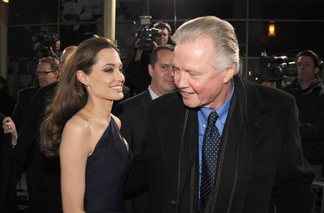 Анджелина Джоли с отцом