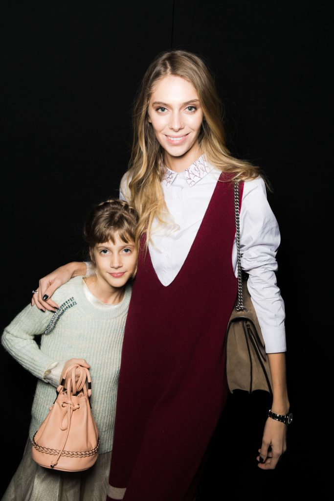 Ясмина Муратович с сестрой