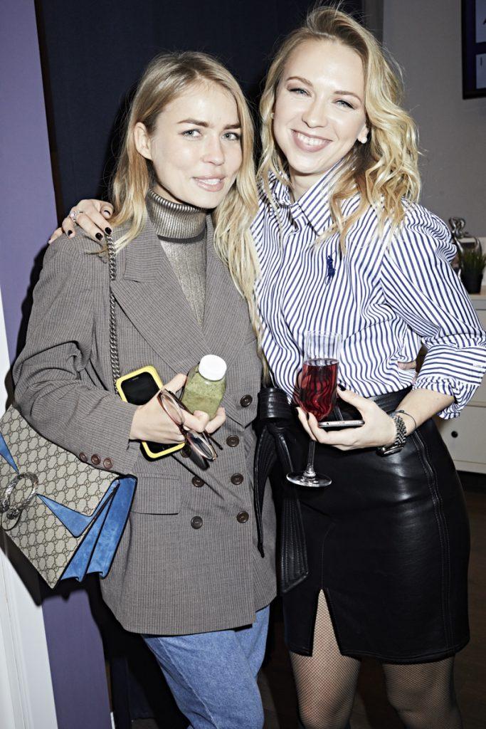 Анна Звижинская и Анжелика Тиманина