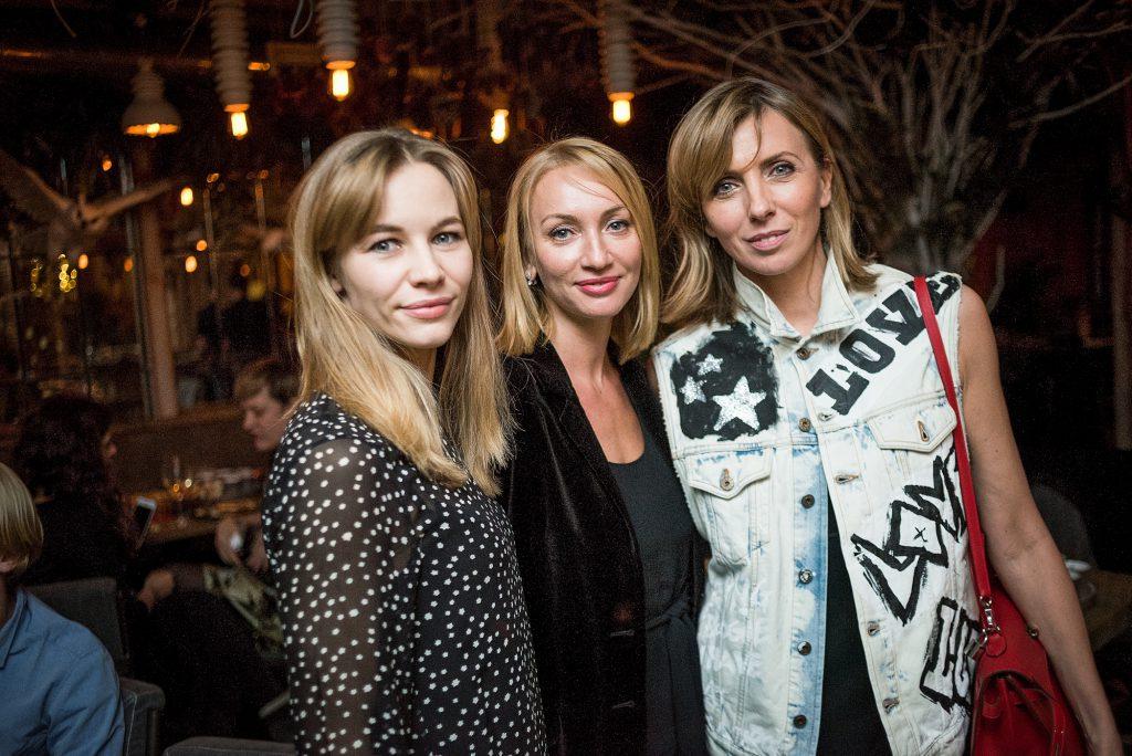 Светлана Устинова, Наталья Дубовицкая и Светлана Бондарчук