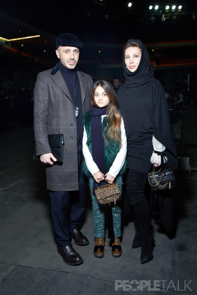 Александр Сирадекиан и Лиза Шарикова с дочерью Эммануэль