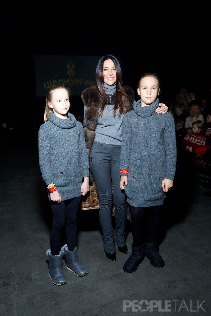 Ирина Чайковская с дочерьми Илоной и Эллой