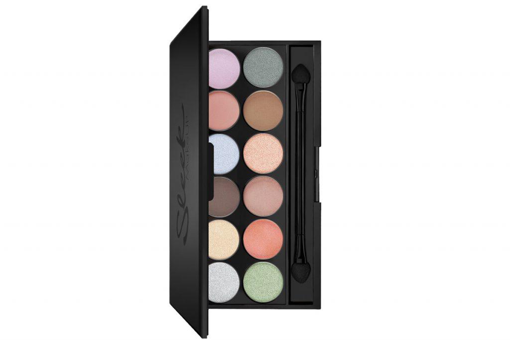 Палетка Sleek MakeUP i-Divine eyeshadow palette #809 Nordic Skies, 1094 рублей. С ней можно создать любой макияж: и дневной, и вечерний.