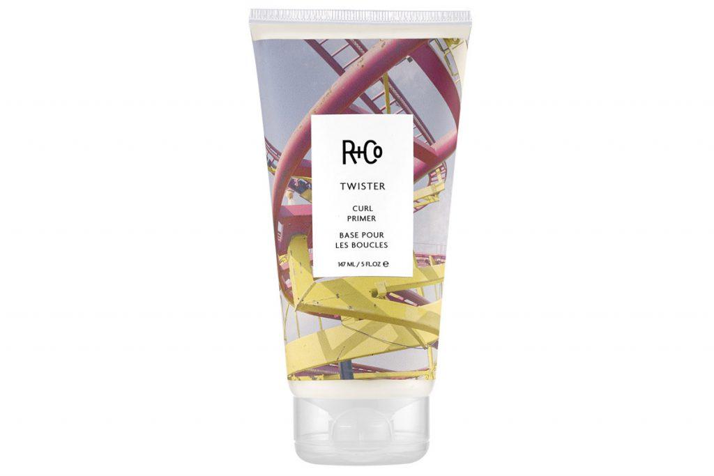 Праймер для вьющихся волос Curl Primer Twister, R+Co, цена по запросу. С ним ты начнешь чаще расчесываться.