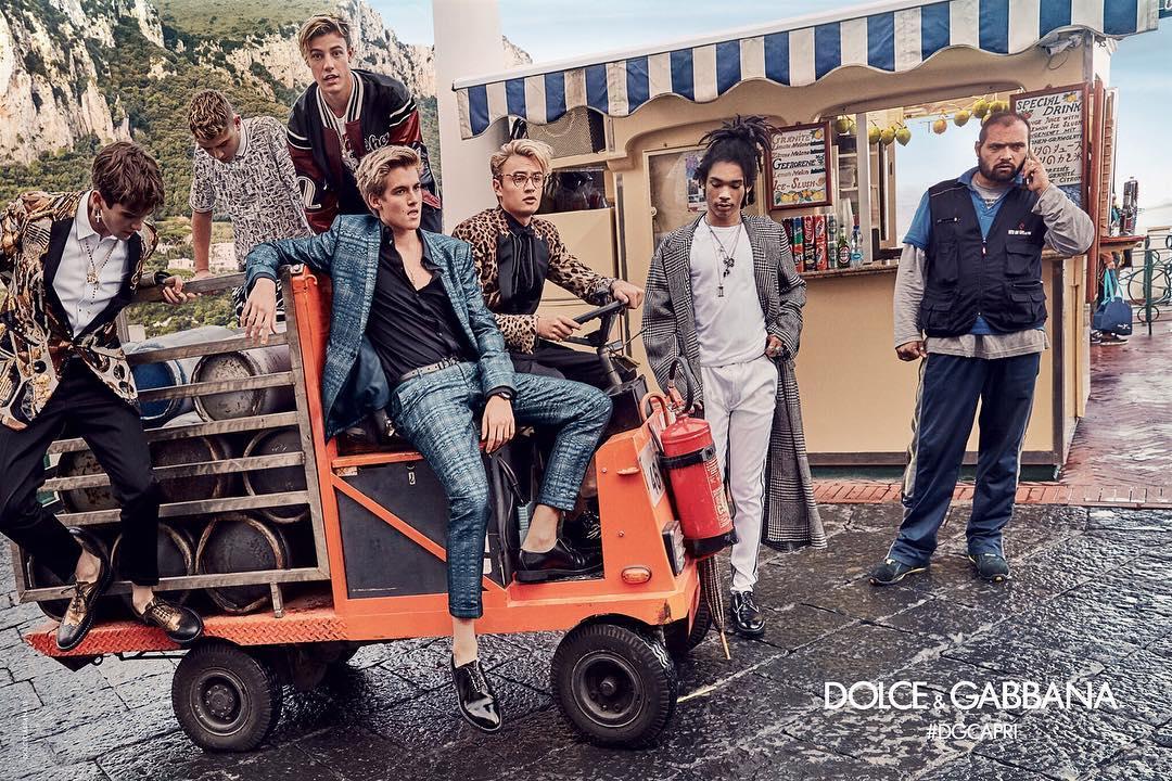 Кэмерон Даллас, Брэндон Томас Ли, Пресли Гербер, Рафферти Лоу, Габриэль Кан, Лука Саббат в рекламной кампании для  Dolce&Gabbana