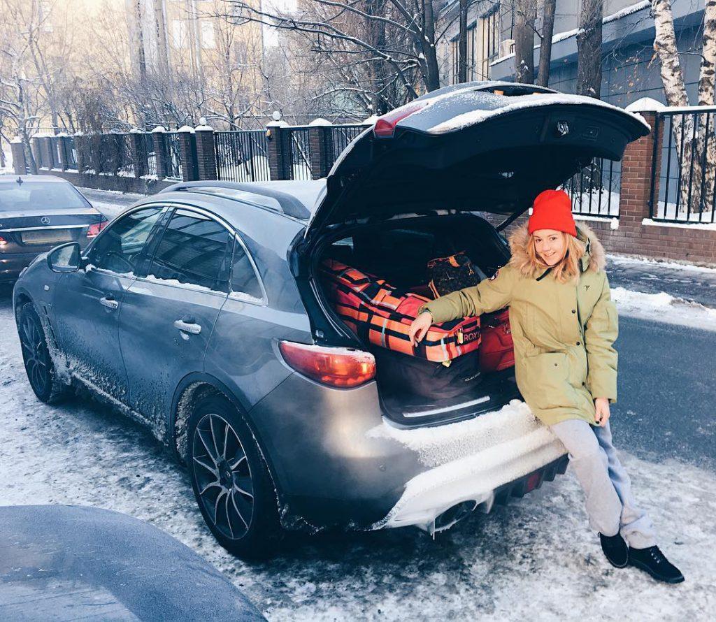 Юлианна Караулова встала на сноуборд
