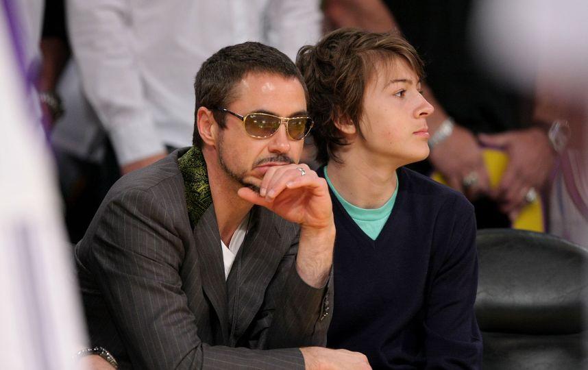 Роберт Дауни-младший с сыном Индио
