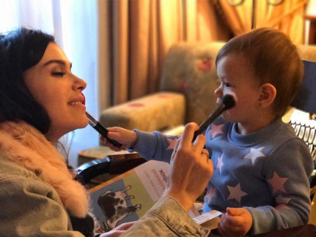 Лена Темникова и ее дочь Саша