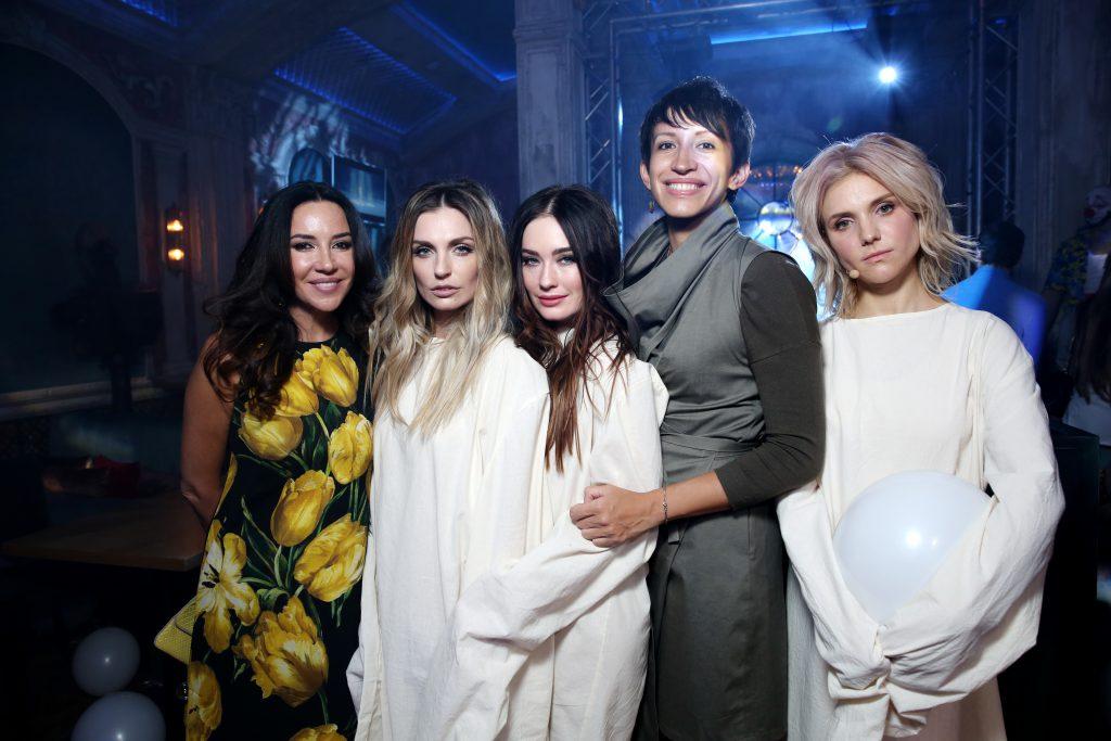 Ирина Чайковская, Александра Савельева, Александра Попова, Елена Борщева и Ирина Тонева