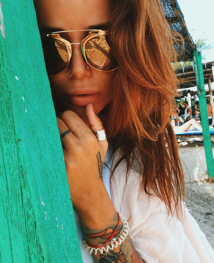 Айза радовалась хорошей погоде на Бали