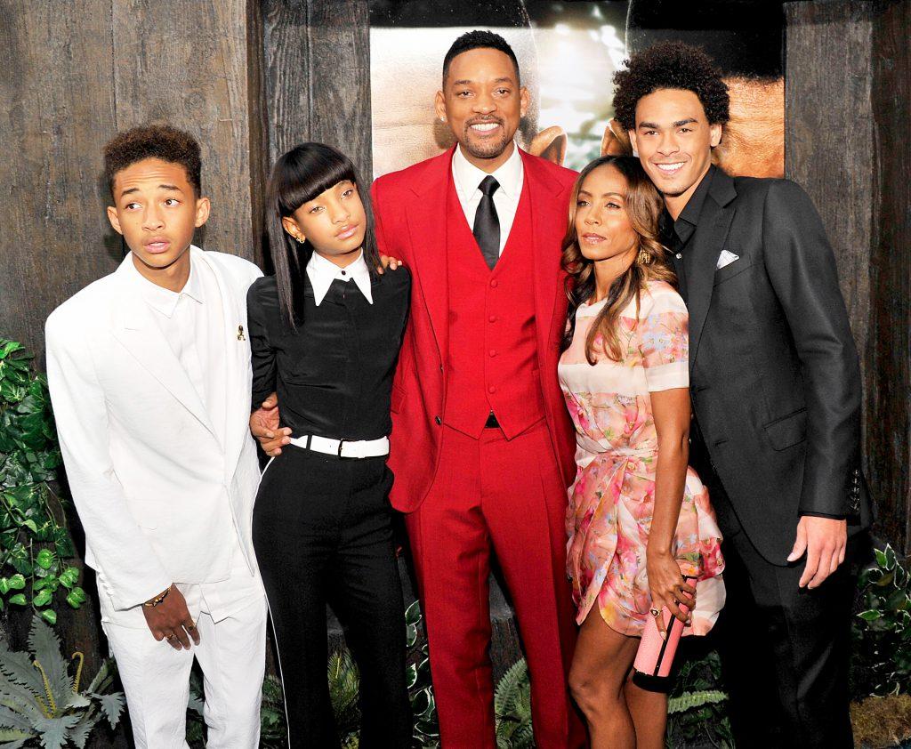 Джейден и Уиллоу, Уилл и Джада, и сын актера от первого брака Трей Смит