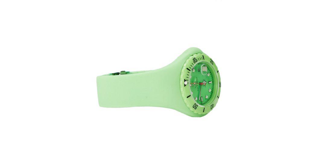 Часы Toywatch, 8 400 р. (kuznetskymost20.ru)