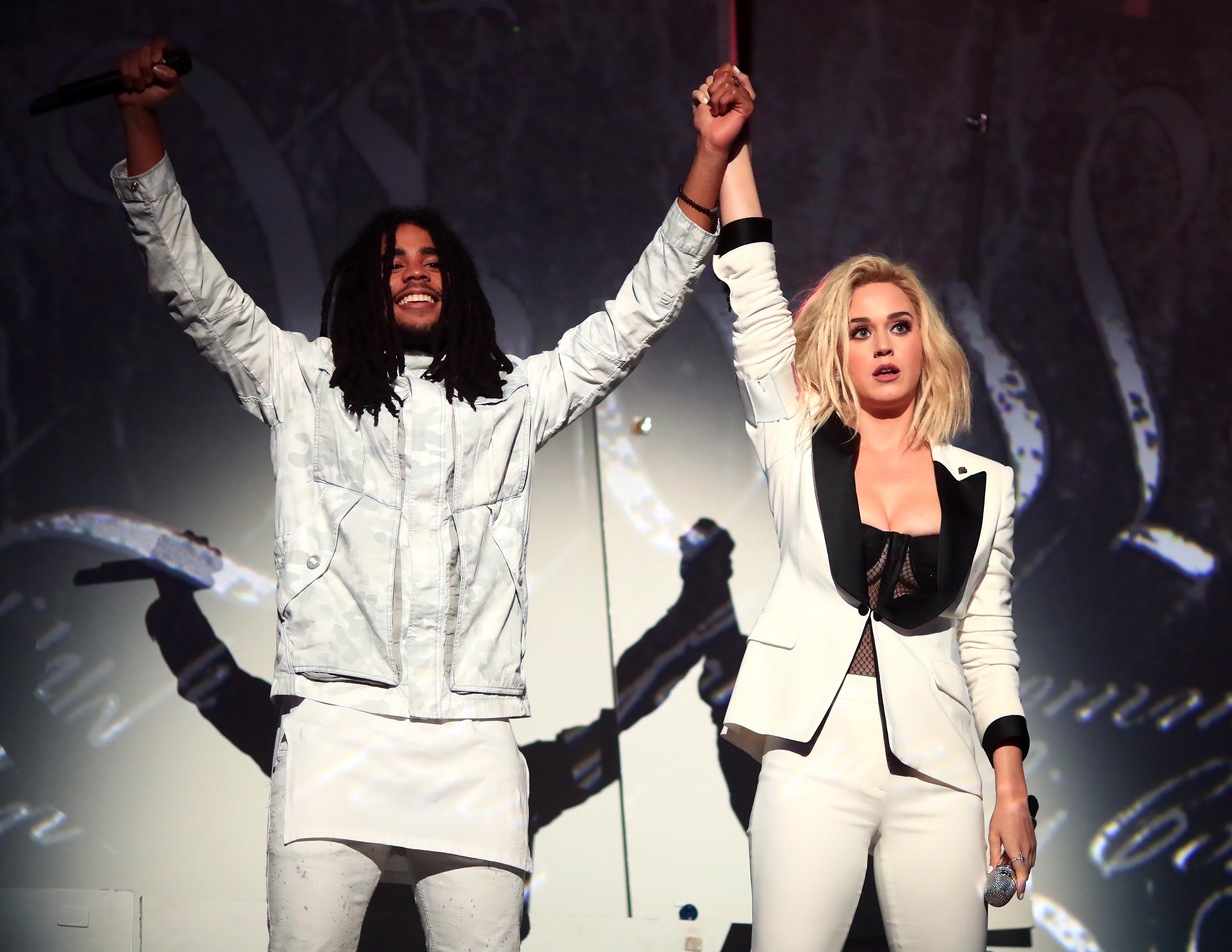 Кэти Перри и Скип Марли на премии «Грэмми-2017»