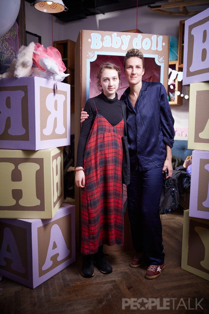 Вероника Соловьянова с дочерью Леей