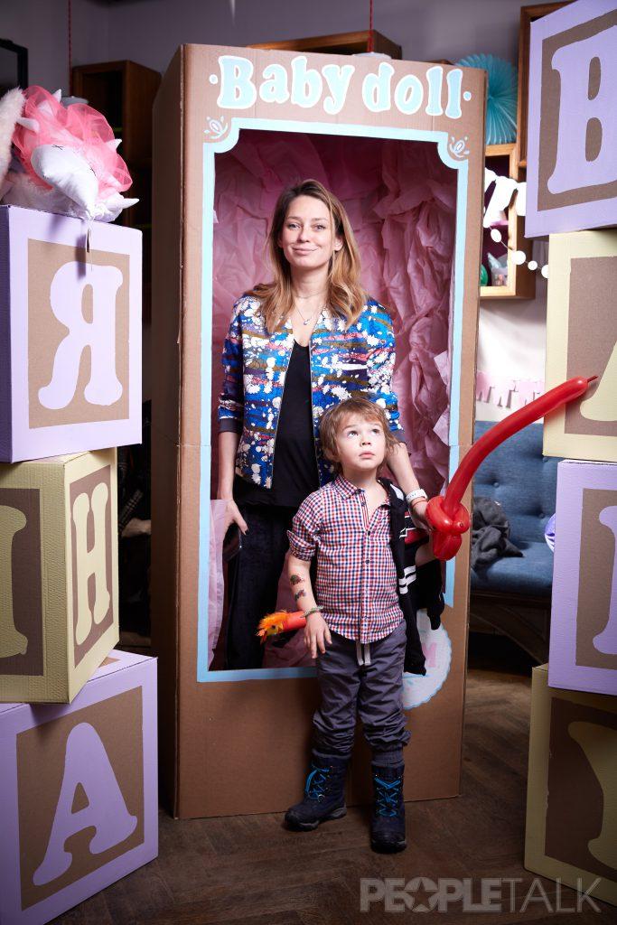 Елена Сарапульцева с сыном Колей