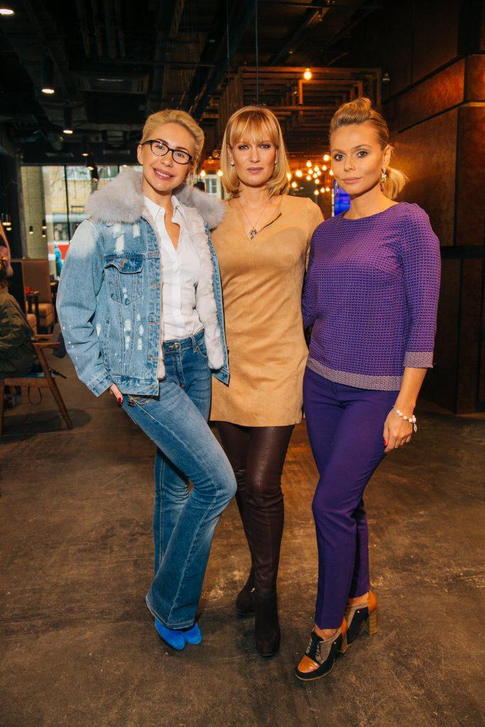 Анастасия Гребенкина, Олеся Судзиловская и Ксения Новикова