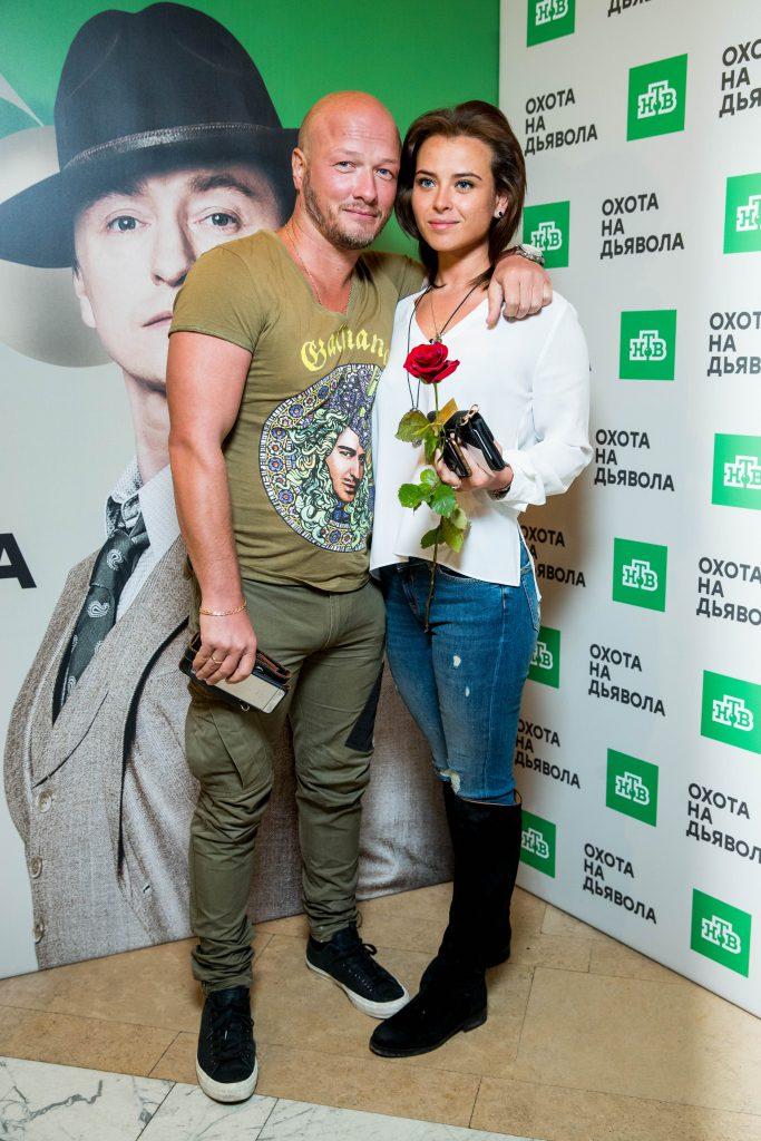 Никита Панфилов с девушкой Ксенией