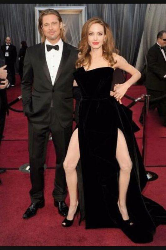 — Что не так с Анджелиной Джоли?